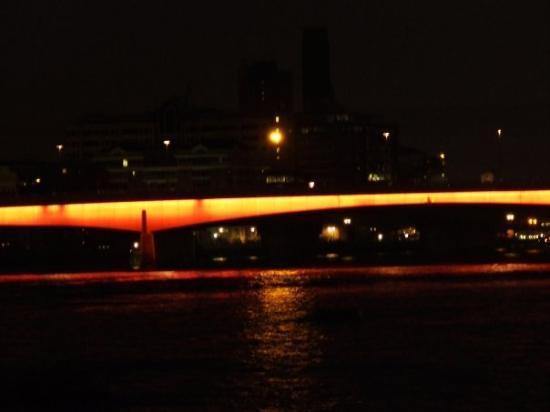Millennium Bridge ภาพถ่าย