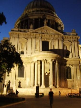มหาวิหารเซนต์พอล: St. Pauls Cathedral.... 