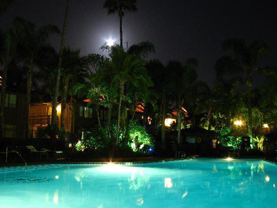 Humphreys Half Moon Inn: The pool