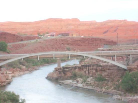 ซานตาเฟ, นิวเม็กซิโก: bridge over colorado river, route 95, utah