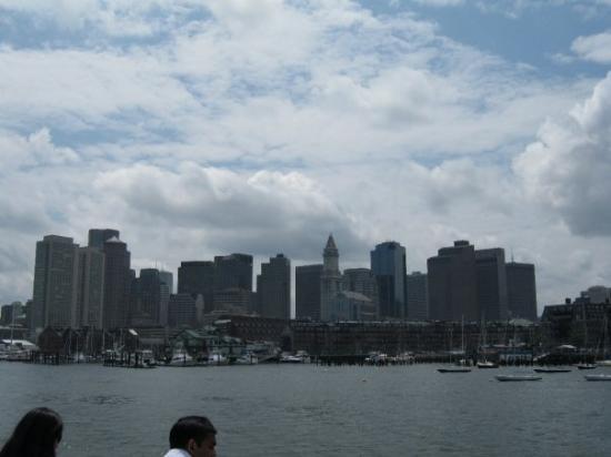 บอสตัน, แมสซาชูเซตส์: view of downtown from ferry