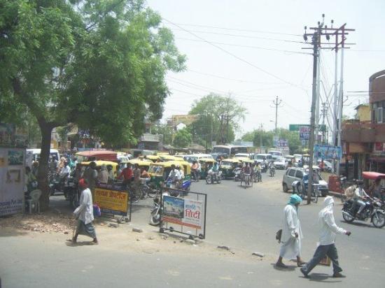 นิวเดลี, อินเดีย: Typical Street of New Delhi