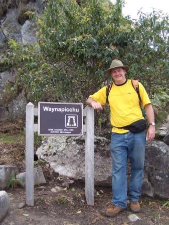 มาชูปิกชู, เปรู: At the summit of waynapicchu at 9,200 ft