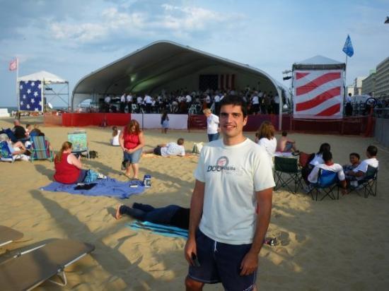 เวอร์จิเนียบีช, เวอร์จิเนีย: Prueba de sonido de la roquesta en la playa