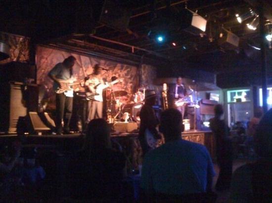 นิวออร์ลีนส์, หลุยเซียน่า: listenin to some blues