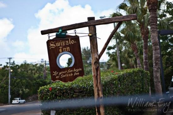 Lunch at the Swizzle Inn