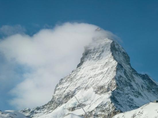 เซอร์แมท, สวิตเซอร์แลนด์: I was watching clouds/fog form as the sun heated up the Matterhorn. It was forming so fast, like