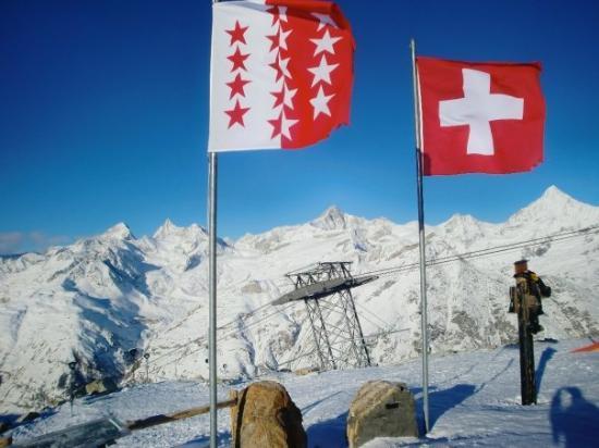 เซอร์แมท, สวิตเซอร์แลนด์: Up to Rothorn. COLD and CLEAR.