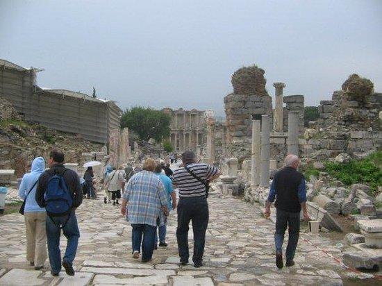 Selcuk, ตุรกี: Ephesus street;