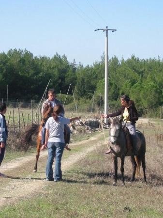 ซีลกัค , ตุรกี: Being a Mongolian, I taught some guys how to ride a horse :p