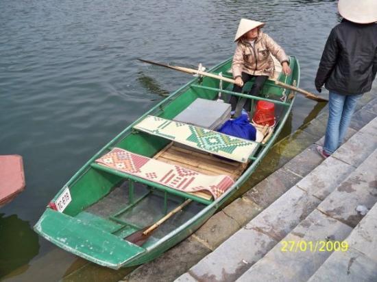 ฮานอย, เวียดนาม: 我們乘坐的小艇