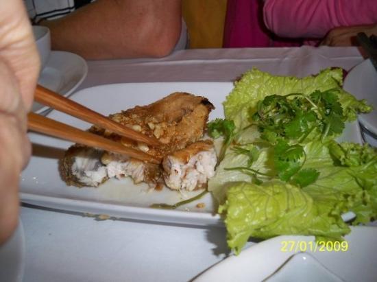 ฮานอย, เวียดนาม: 燒魚
