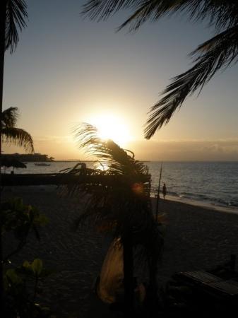 พลายาเดลคาร์เมน, เม็กซิโก: how beautiful does that sunrise look