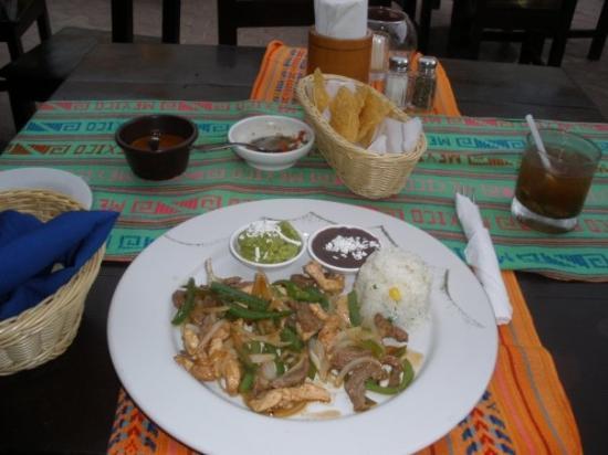 พลายาเดลคาร์เมน, เม็กซิโก: my delish fajita plate