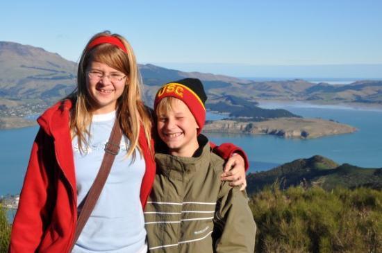 ไครสต์เชิร์ช, นิวซีแลนด์: Riding the Christchurch gondola today... nice view, muddy hike.