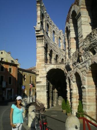 เวโรนา, อิตาลี: Verona, Las arenas