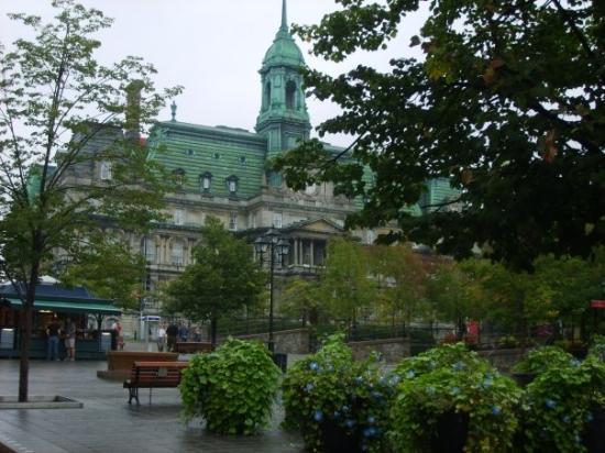 มอนทรีออล, แคนาดา: L'Hôtel de ville