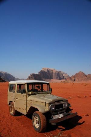 อัมมาน, จอร์แดน: Wadi Rum, the most amazing desert scenery that I have ever encountered (and having lived in the