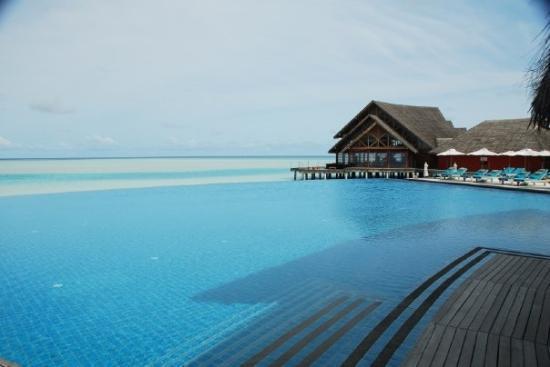 มาเล: Anantara Resort & Spa
