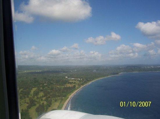 Port Vila, Vanuatu: Coastline of Vanuatu from the plane...