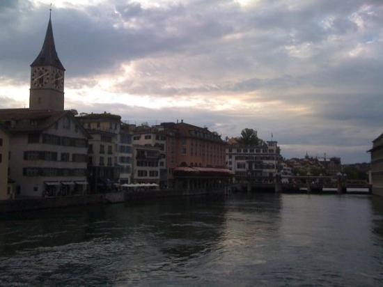 ซูริค, สวิตเซอร์แลนด์: Zurich was nice. Pity I didn't see too much of it. All work and no play...