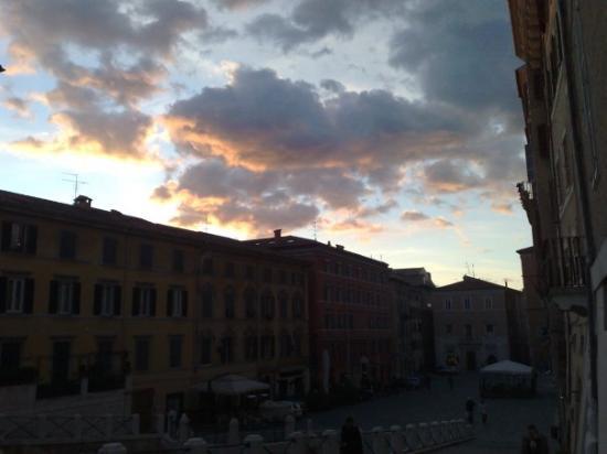 อันโคนา, อิตาลี: Piazza del Papa