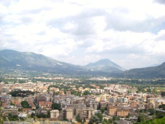 Abbazia di Montecassino: the view of cassino from monte cassino