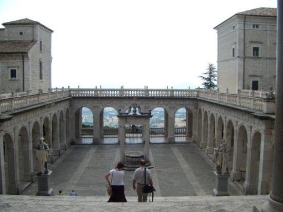 Abbazia di Montecassino: monte cassino
