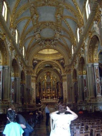 Abbazia di Montecassino: more of the inside. note the unpainted ceilings