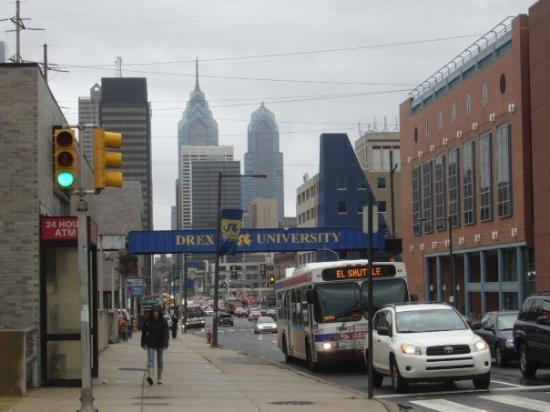 ฟิลาเดลเฟีย, เพนซิลเวเนีย: El City Center visto desde la University City