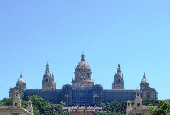 ปาร์คเดอร์มุงต์จุยค์: Museo Nacional de Arte de Cataluña. Me encantó esta zona de Montjuic...