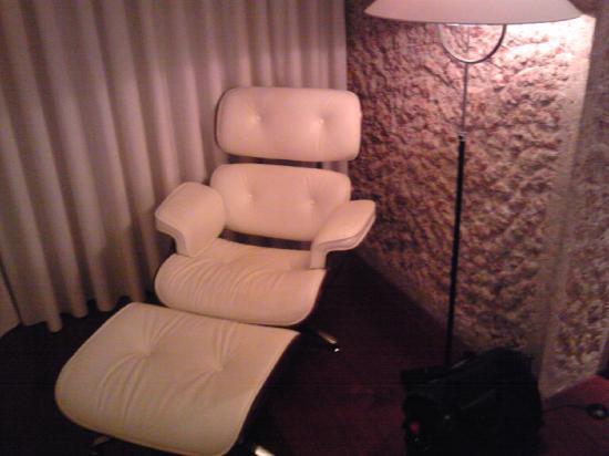 โรงแรมฮิลตัน มาดริด แอร์พอร์ท: Mod  Chair in room