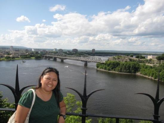 ออตตาวา, แคนาดา: ottawa river, quebec at the other side