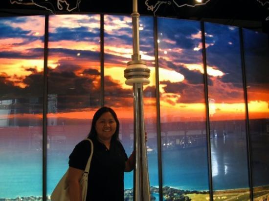โตรอนโต, แคนาดา: miniature CN tower