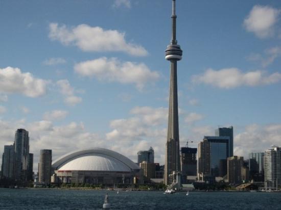 โตรอนโต, แคนาดา: toronto skyline