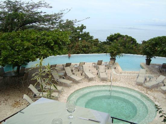 La Mariposa Hotel: view of round pool