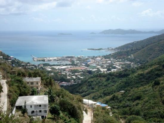 เซนต์จอห์น: Tortola, BVI - Overlooking Road Town