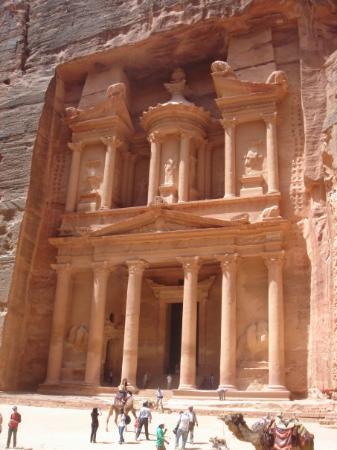 เปตรา/วาดีมูซา, จอร์แดน: Al Khazna, Petra, Jordan, 4-08