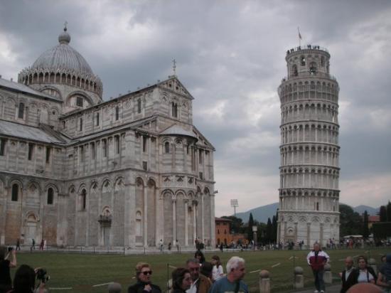 Piazza dei Miracoli: Pisa