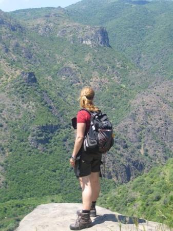 Caucasian Mountains: Nana i Armenien
