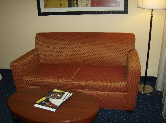 Courtyard by Marriott Memphis Airport: Seating Area