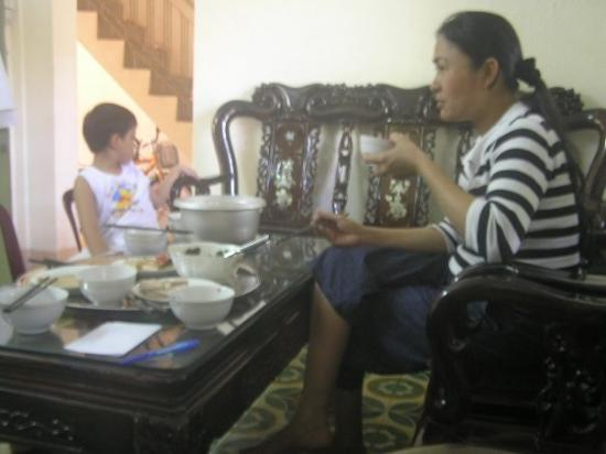 Quang Ngai, เวียดนาม: QUẢNG NGÃI ;x
