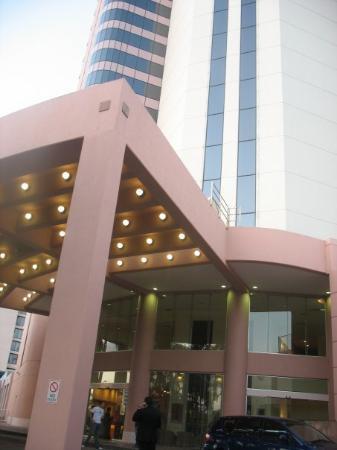 โรงแรมคราวน์พลาซ่าเซิร์ฟเฟอร์สพาราไดส์: Crowne Plaza Surfers Paradise