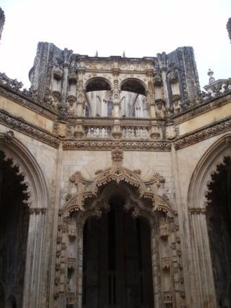 Batalha Monastery: Unfinished chapel. Or maybe finished?