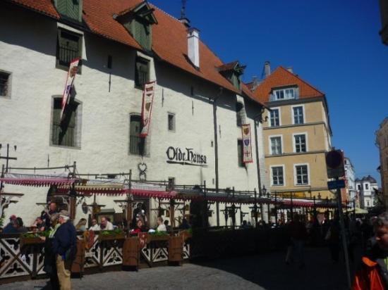 ทาลลินน์, เอสโตเนีย: Old pub