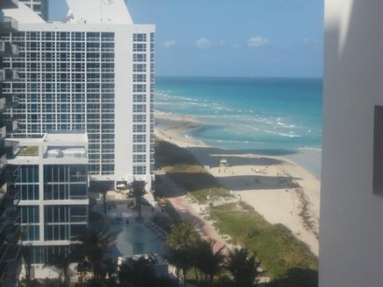 ไมอามี่, ฟลอริด้า: View from our room....