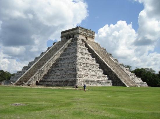 Πυραμίδα Kukulcan
