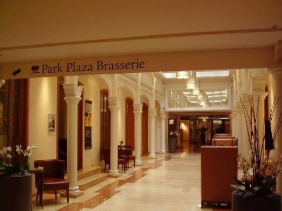 Park Plaza Victoria Amsterdam: victoria lobby