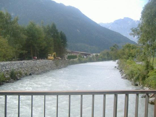 อินเตอร์เลเคน, สวิตเซอร์แลนด์: The water color was really weird.