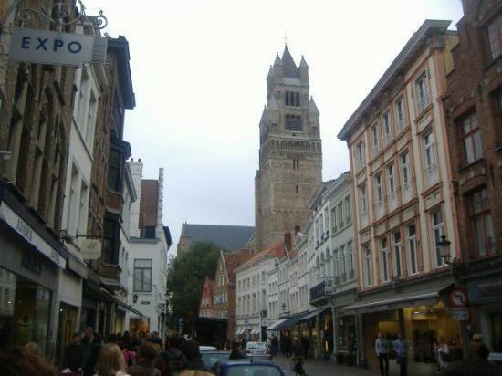 บรูจส์, เบลเยียม: Bruge - city walk.